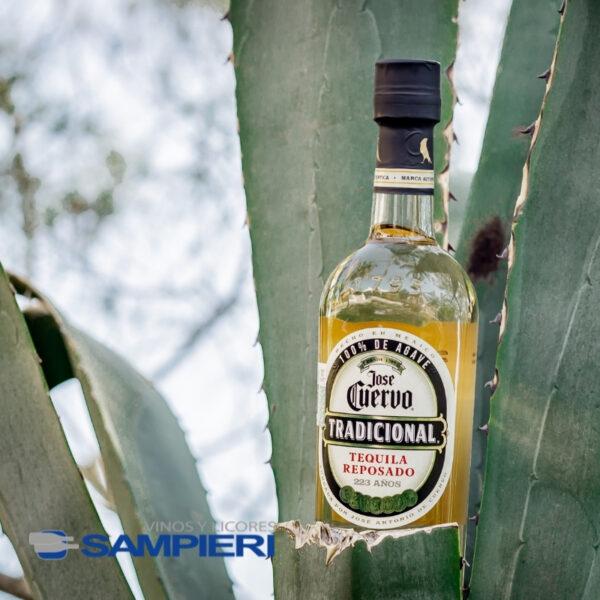 Tequila Cuervo Tradicional 695 ml.