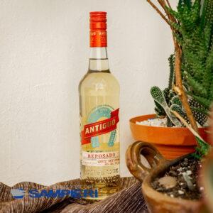 Tequila Herradura Antiguo 700 ml.