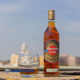 Ron Havana Club Añejo Especial 700 ml.
